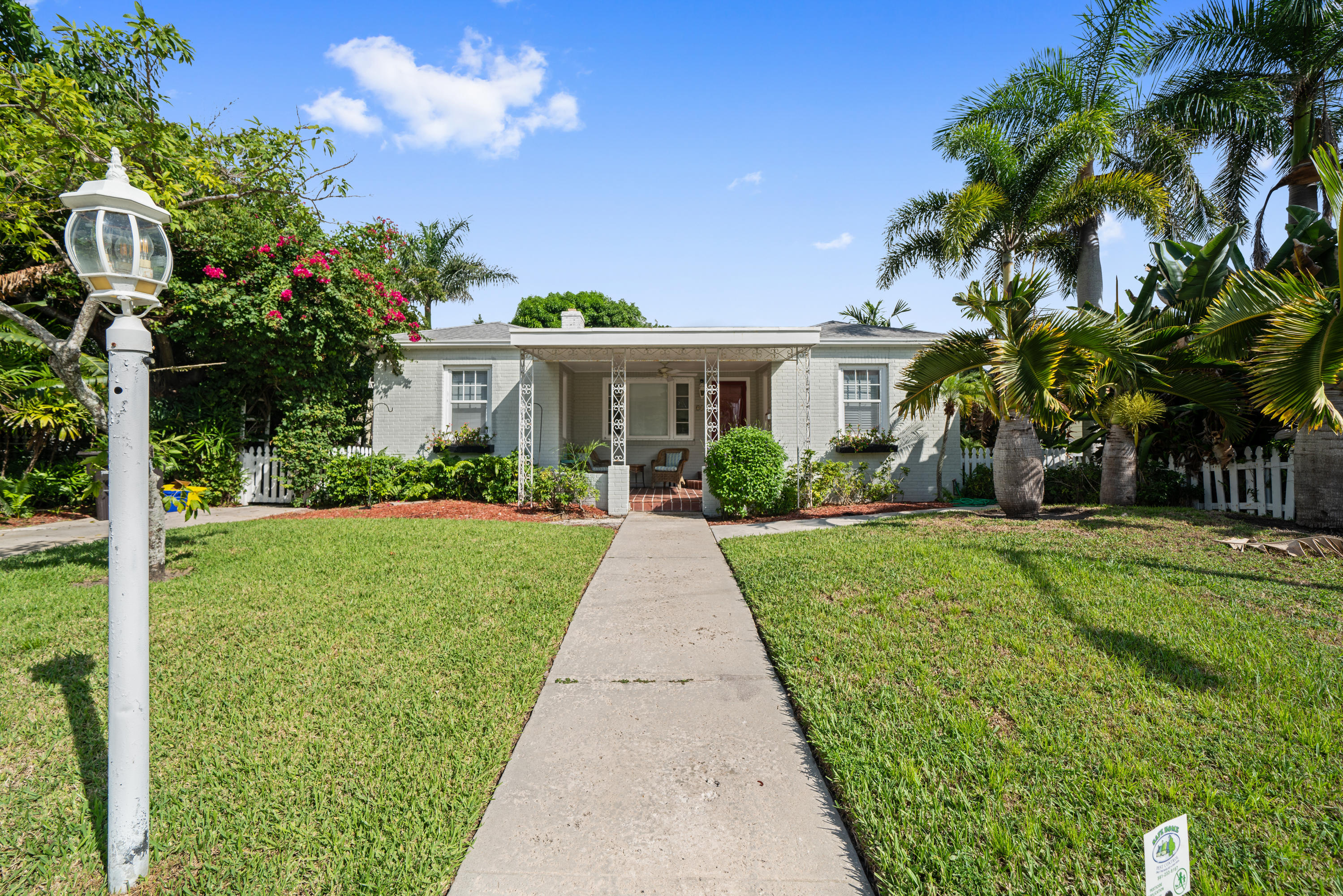219 33rd Street West Palm Beach, FL 33407