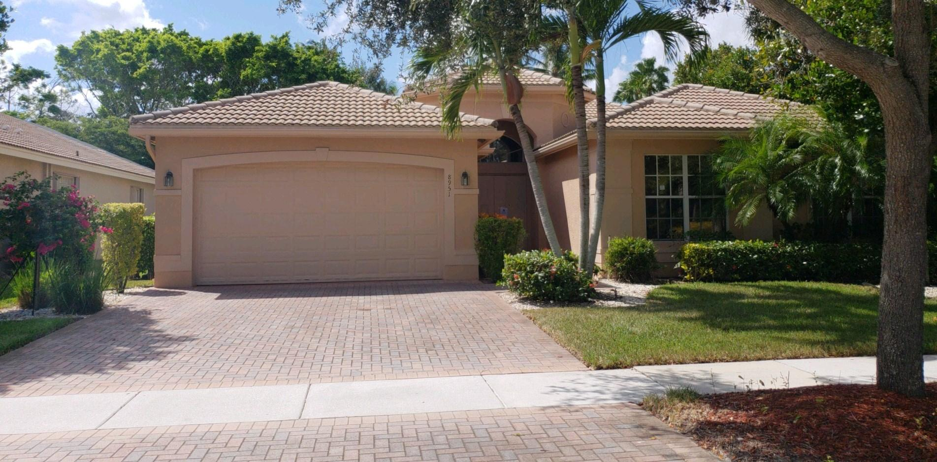 VALENCIA SHORES 1 home 8951 Majorca Bay Drive Lake Worth FL 33467