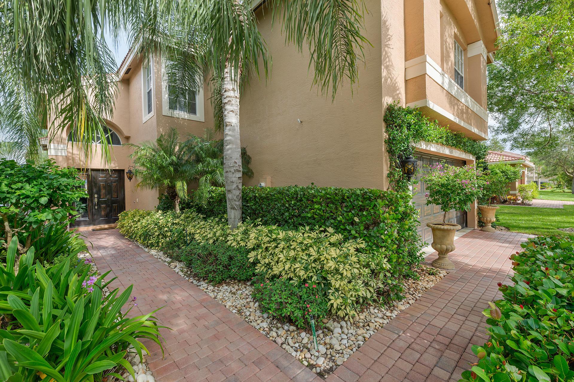 633 Peppergrass Run West Palm Beach, FL 33411 photo 4