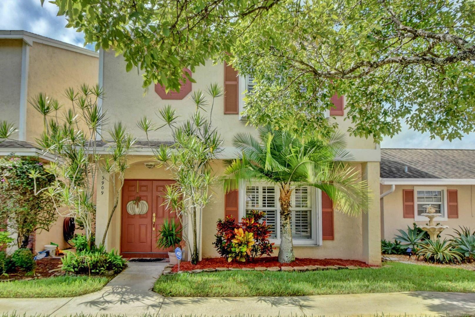 Home for sale in Colony Courts Sunrise Florida
