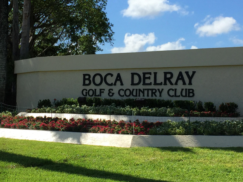 5054 Golfview Court, 1514 - Delray Beach, Florida