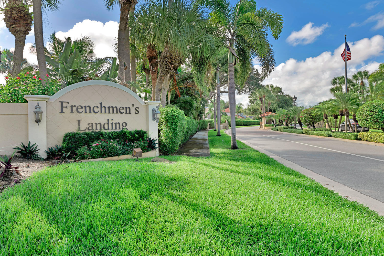 FRENCHMENS LANDING HOMES