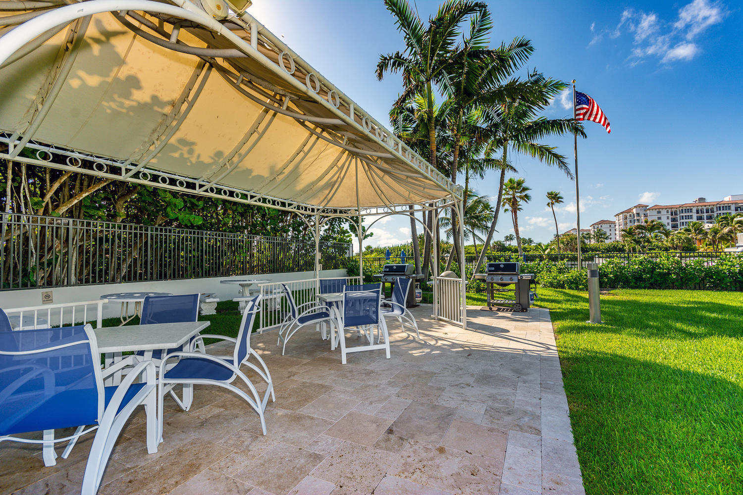 PALM BEACH SHORES HOMES