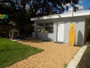 1405 S Palmway Lake Worth, FL 33460 photo 15