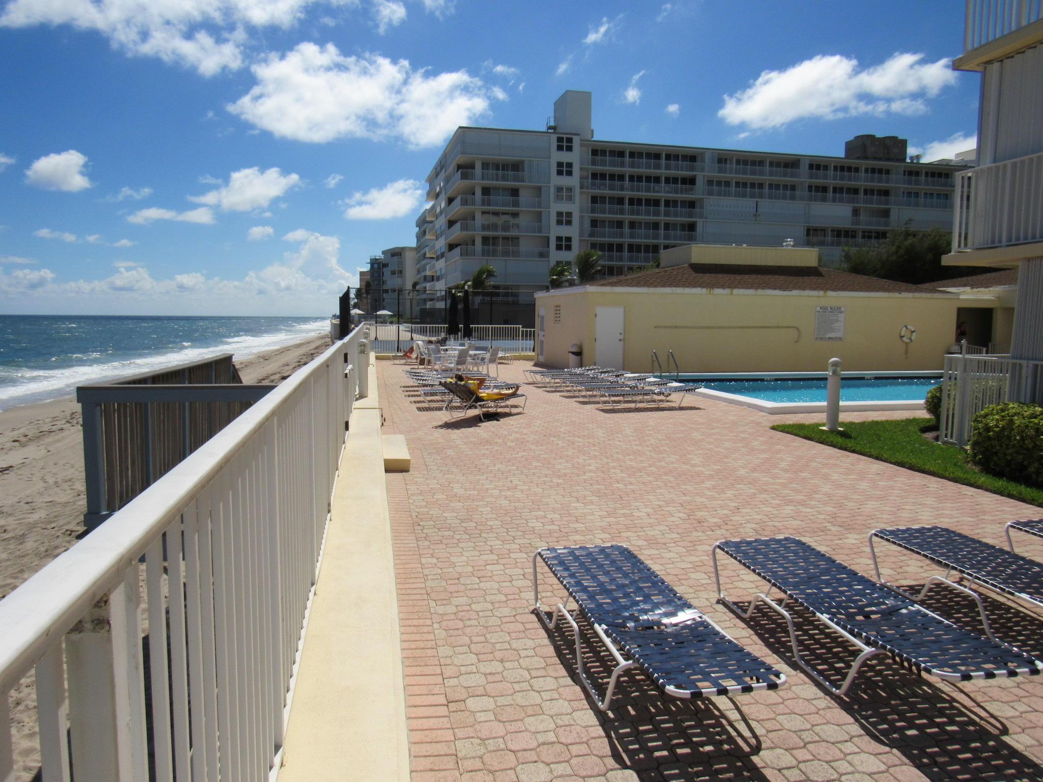 Le Chateau Royal 3540 S Ocean Boulevard