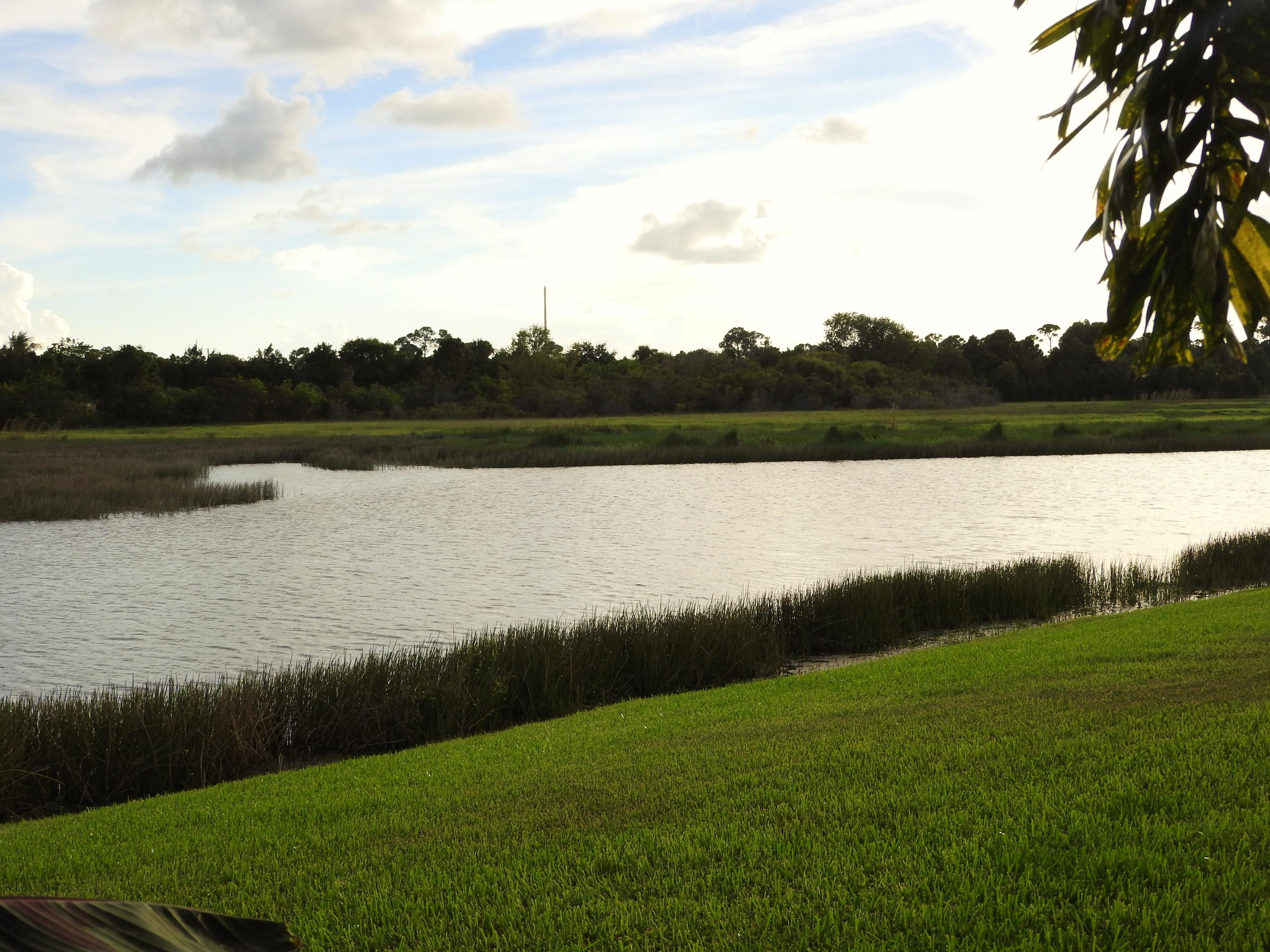 ST LUCIE WEST PLAT #136 TORTOISE CAY AT ST LUCIE WEST PHASE II LOT 139 (OR 2804-1530)