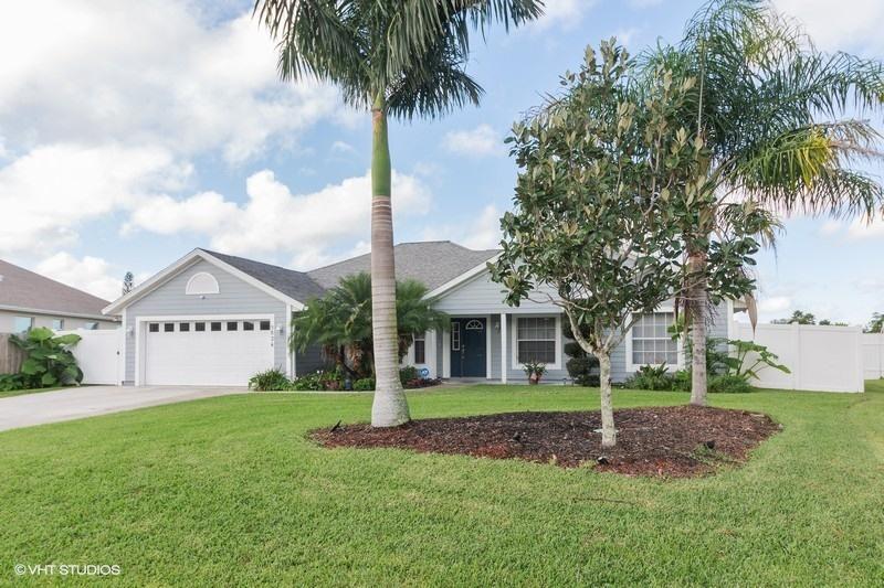 5824 NW Whitecap Road, Port Saint Lucie, Florida