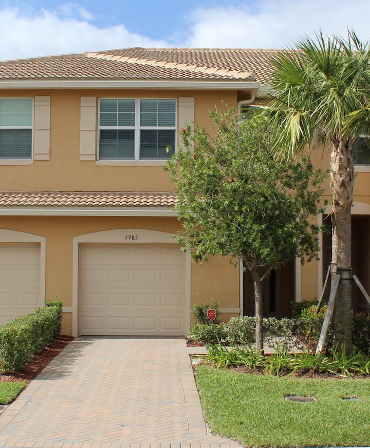 5985 Monterra Club Drive Lake Worth, FL 33463