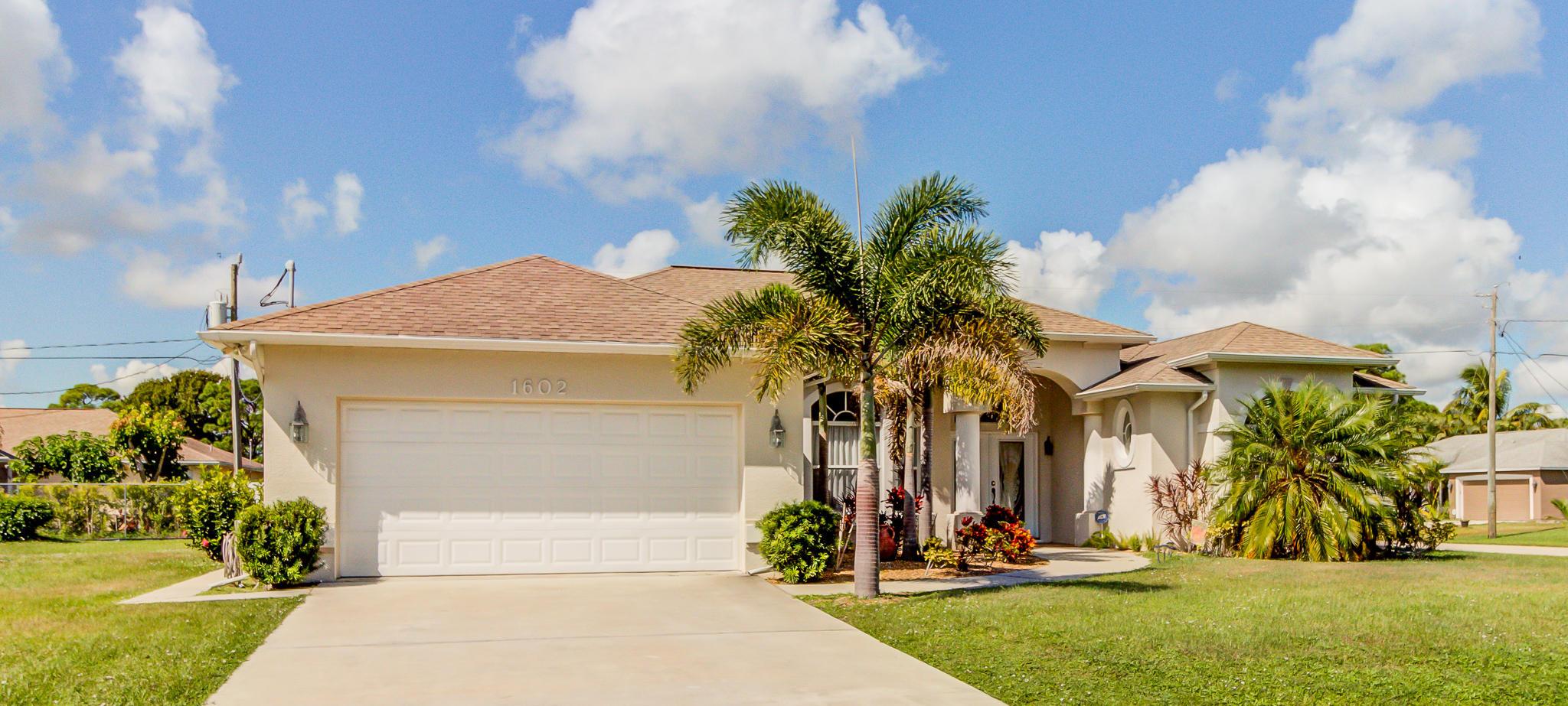 1602 SE Ridgewood Street, Port Saint Lucie, Florida