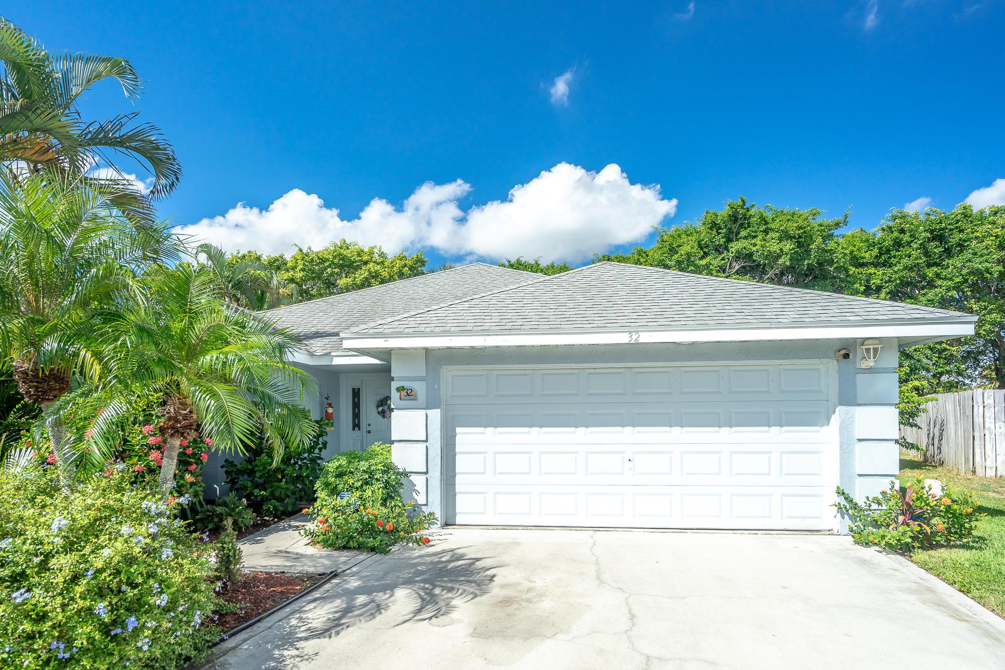 32 Heather Cove Drive Boynton Beach, FL 33436