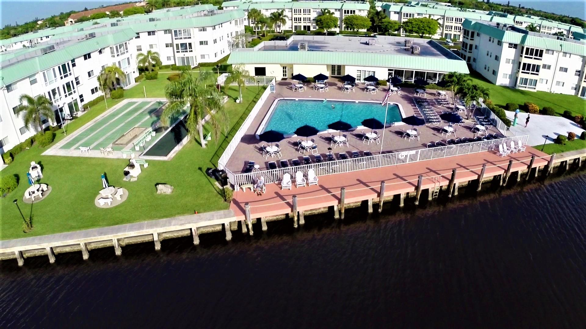 9 Colonial Club Drive 205 Boynton Beach, FL 33435 photo 28