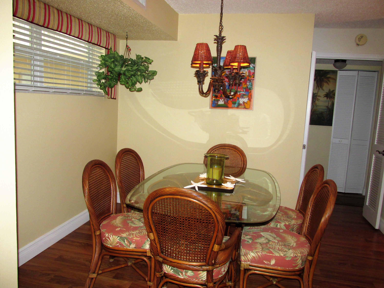 9 Colonial Club Drive 205 Boynton Beach, FL 33435 photo 8