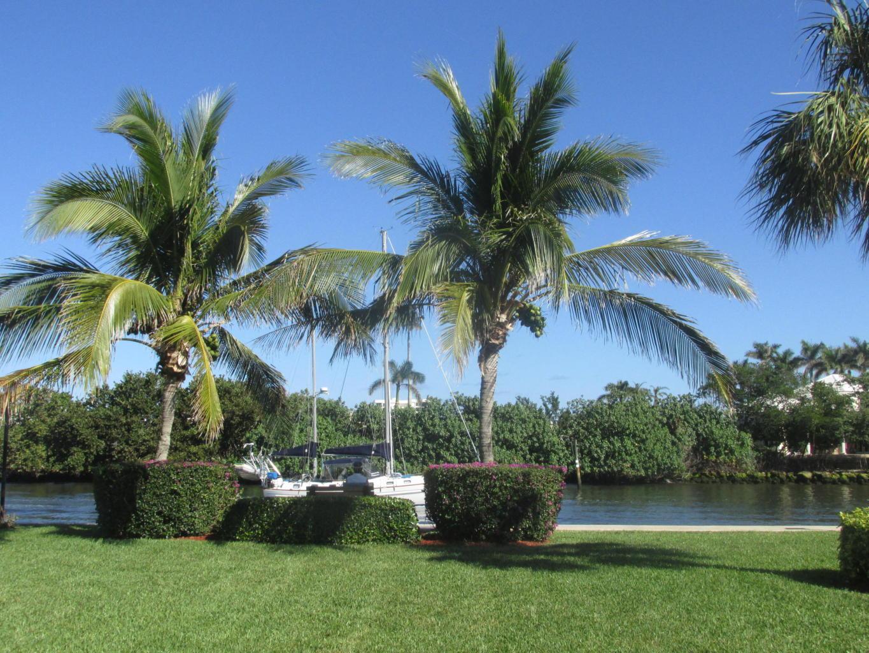 9 Colonial Club Drive 205 Boynton Beach, FL 33435 photo 9