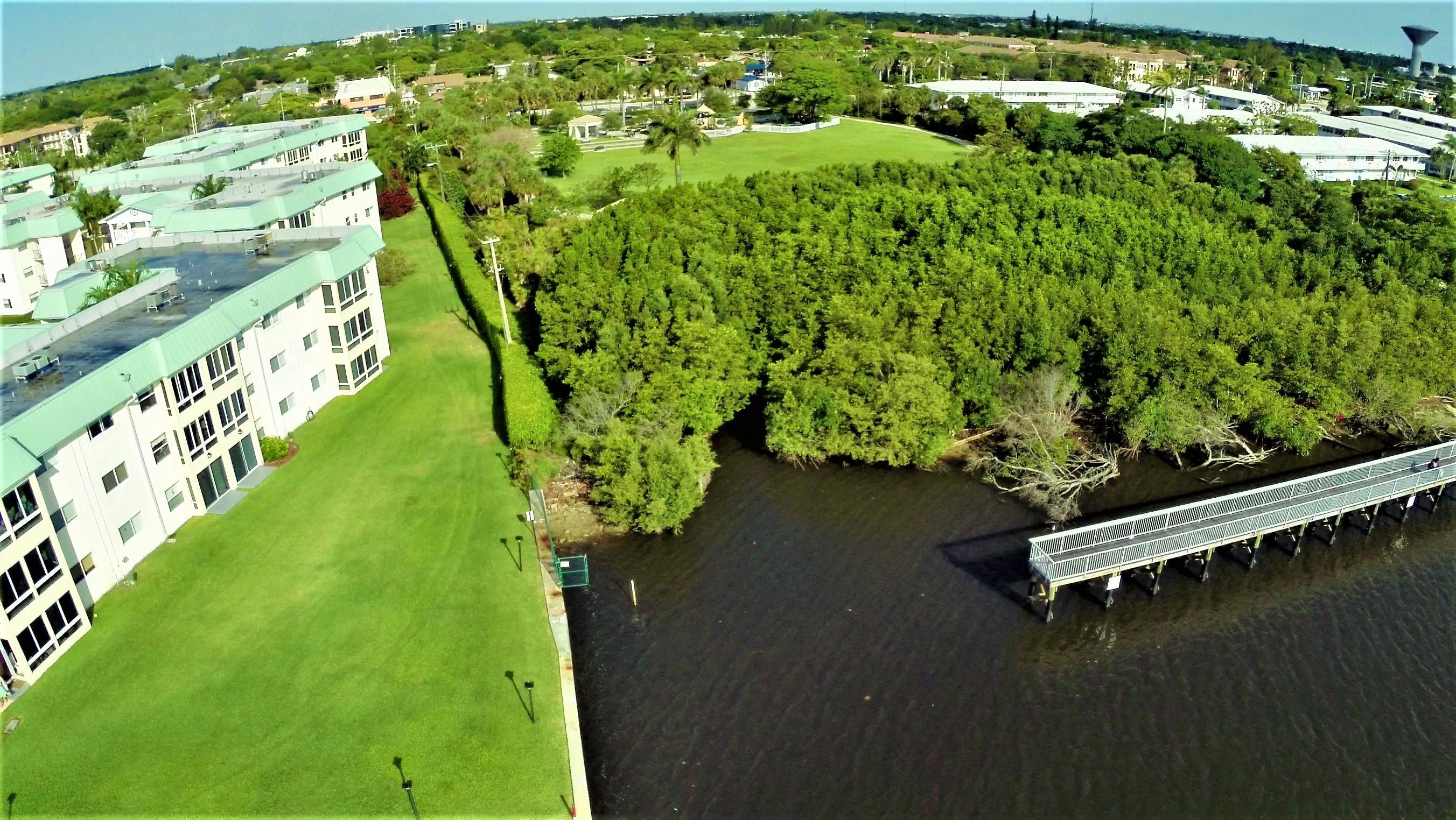 9 Colonial Club Drive 205 Boynton Beach, FL 33435 photo 22