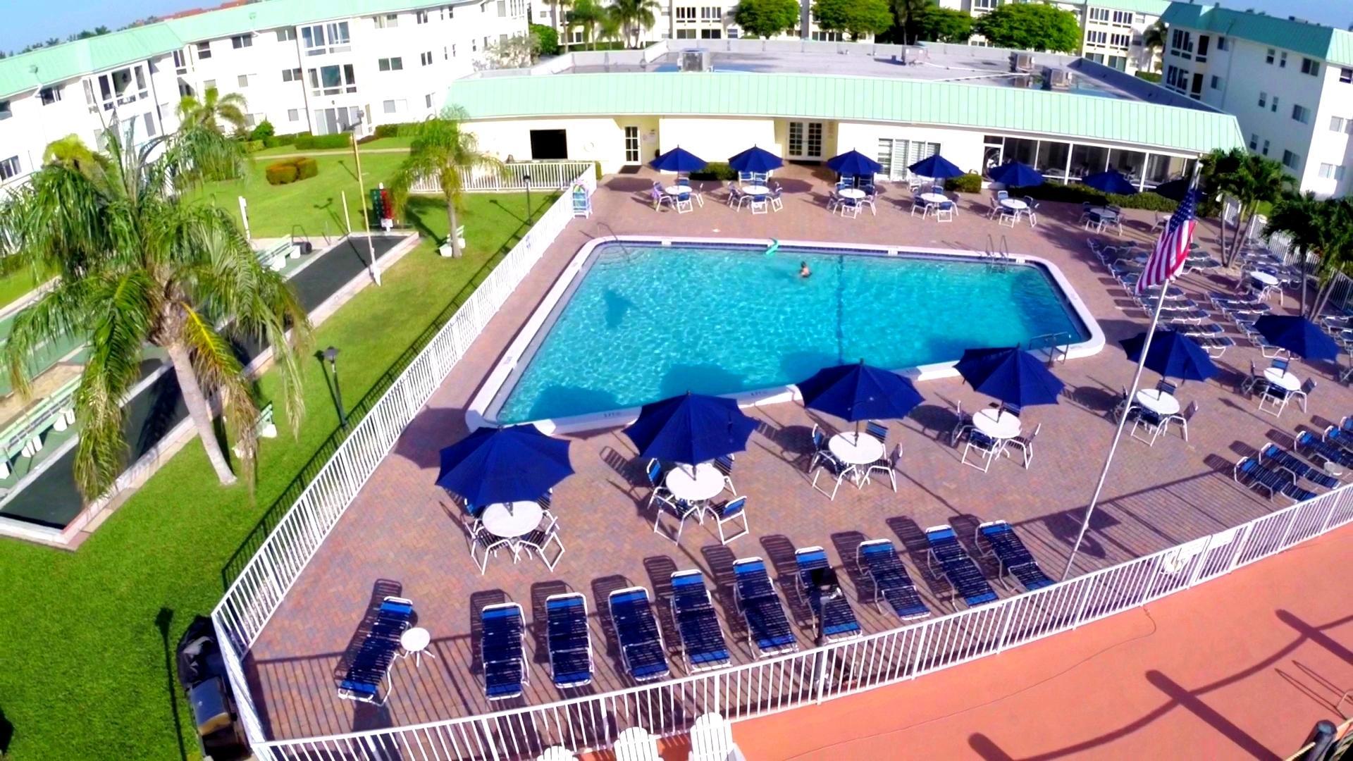 9 Colonial Club Drive 205 Boynton Beach, FL 33435 photo 25