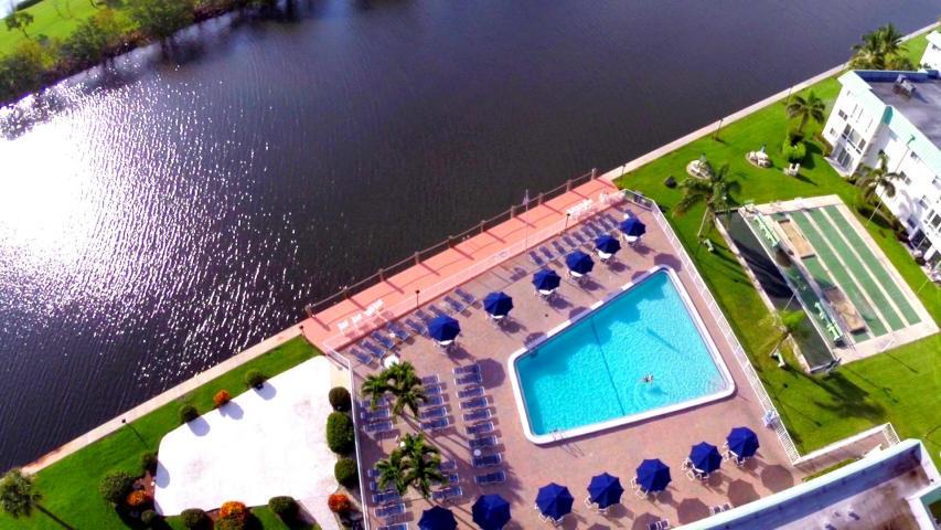 9 Colonial Club Drive 205 Boynton Beach, FL 33435 photo 27