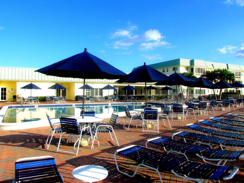 9 Colonial Club Drive 205 Boynton Beach, FL 33435 photo 31