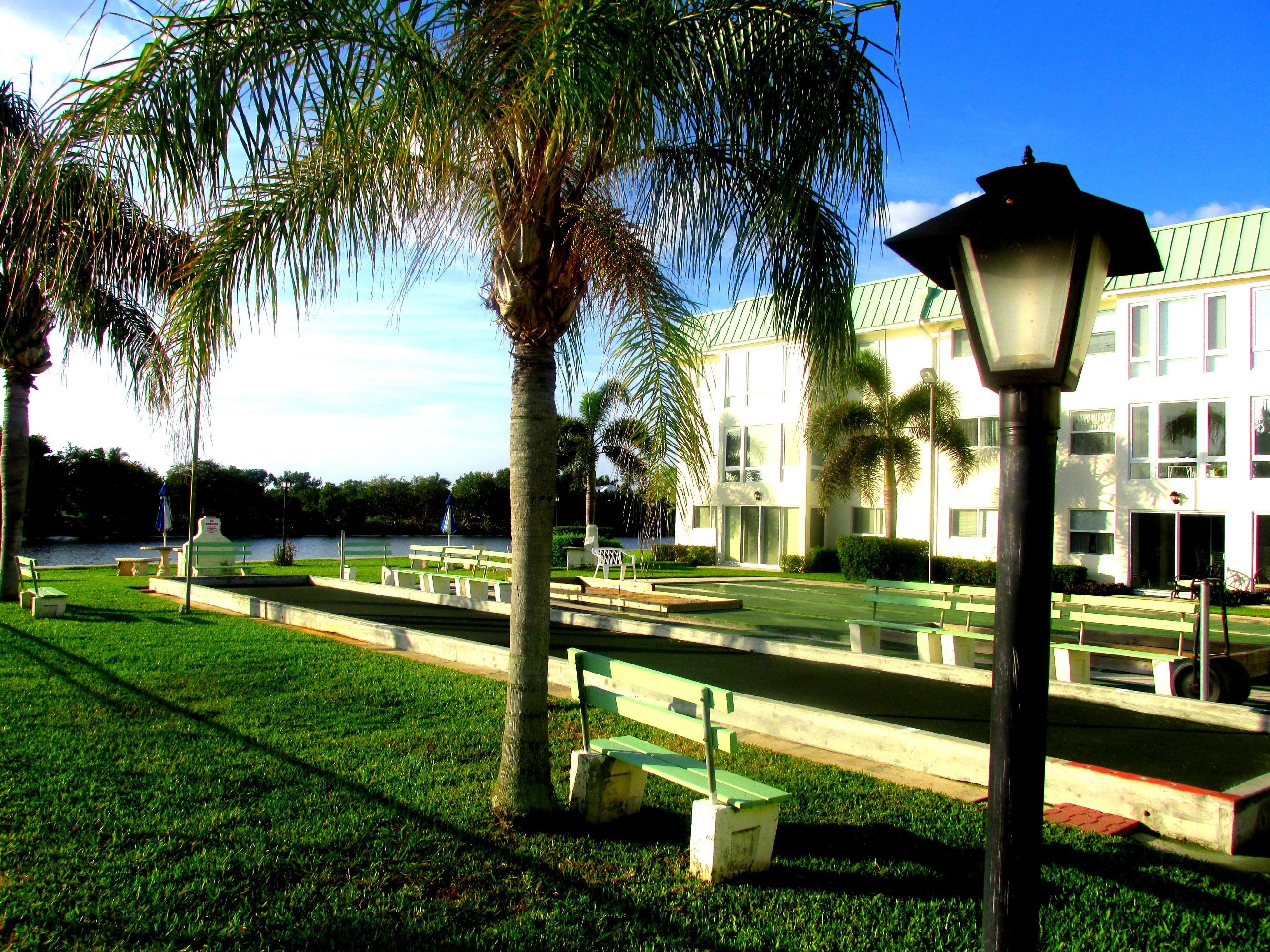 9 Colonial Club Drive 205 Boynton Beach, FL 33435 photo 49