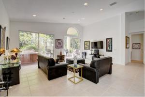 6940 Southport Drive Boynton Beach FL 33472 - photo 8