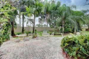 6940 Southport Drive Boynton Beach FL 33472 - photo 25