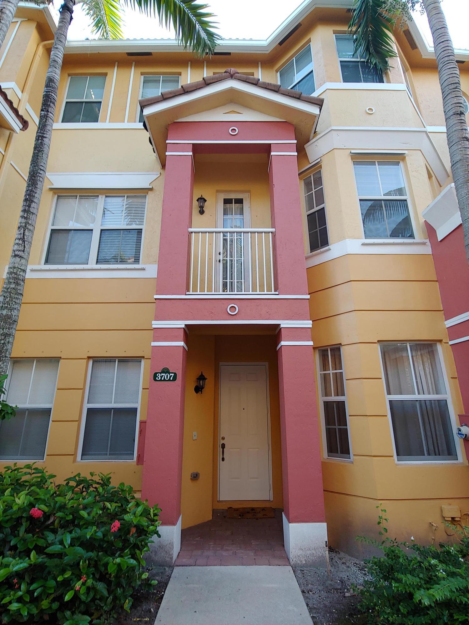 3707 Shoma Drive Royal Palm Beach, FL 33414
