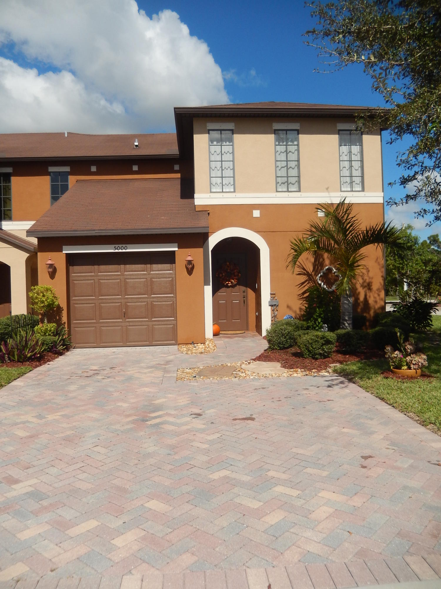Home for sale in VILLAS OF TORINO Port Saint Lucie Florida