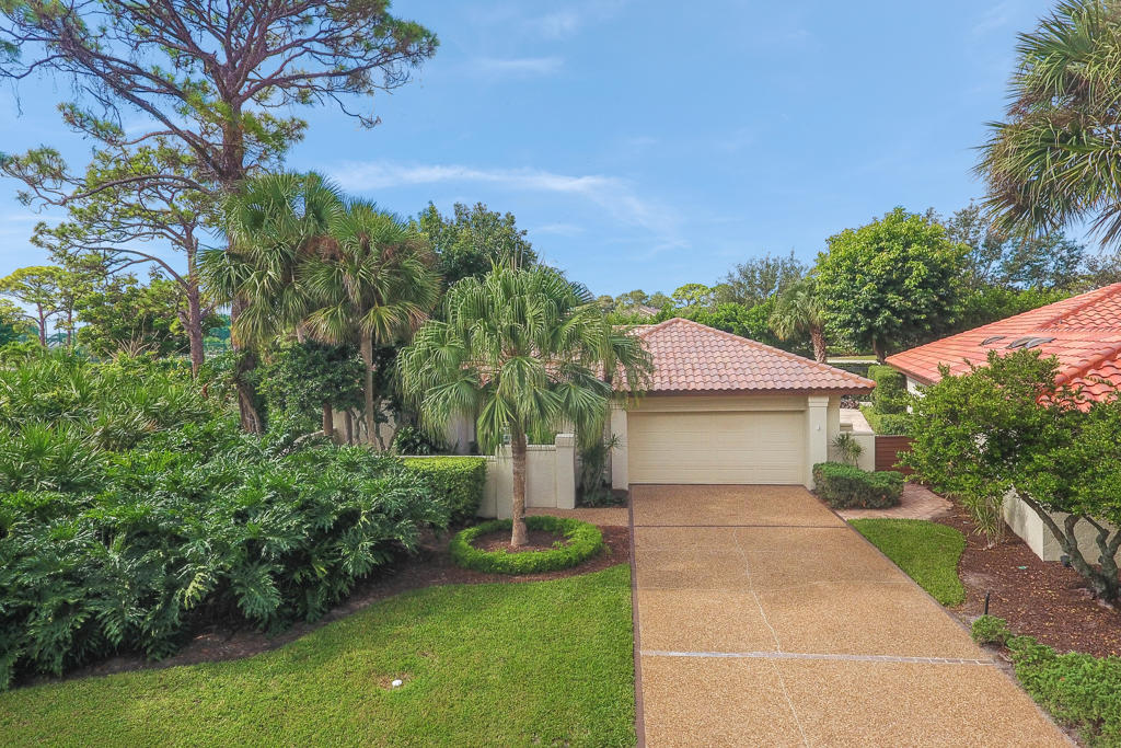 6414 Ironwood Circle, Stuart, Florida 34997, 2 Bedrooms Bedrooms, ,2 BathroomsBathrooms,A,Single family,Ironwood,RX-10475398