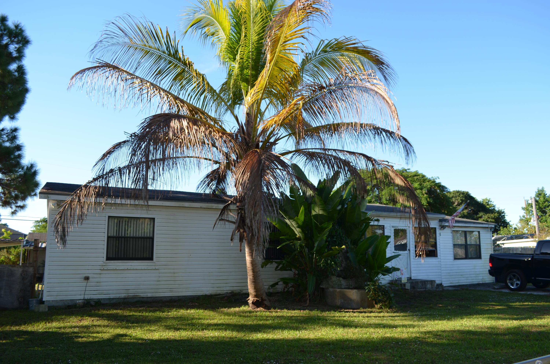 2840 Cherokee Road West Palm Beach, FL 33406