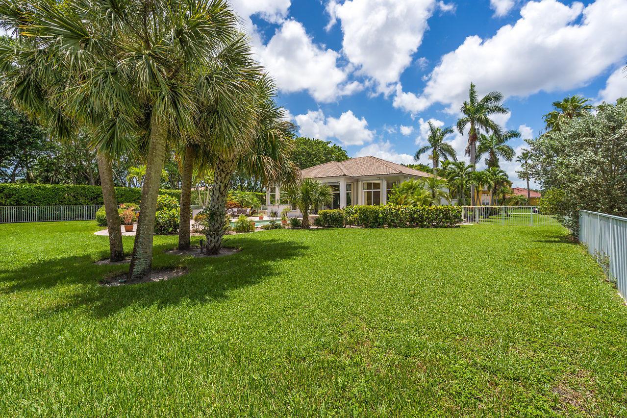 8164 Lakeview Drive West Palm Beach, FL 33412 photo 35