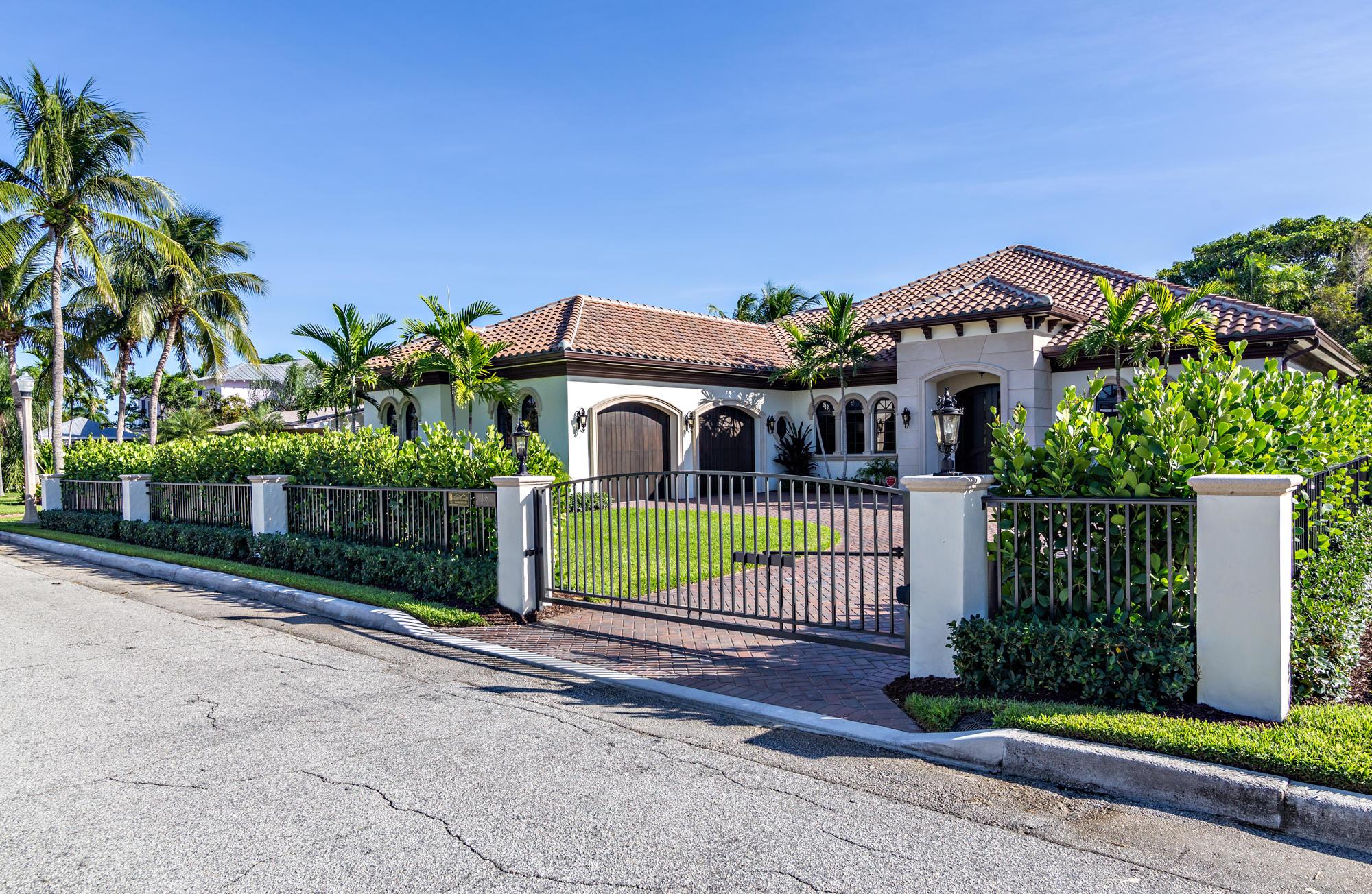 138 Alhambra Place West Palm Beach, FL 33405