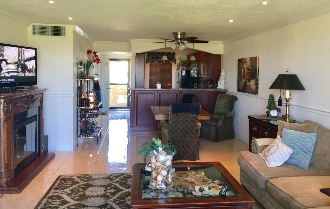 4278 Deste Court 205 Lake Worth, FL 33467 photo 4