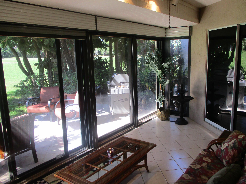 6817 Fountains Circle Lake Worth, FL 33467 photo 22