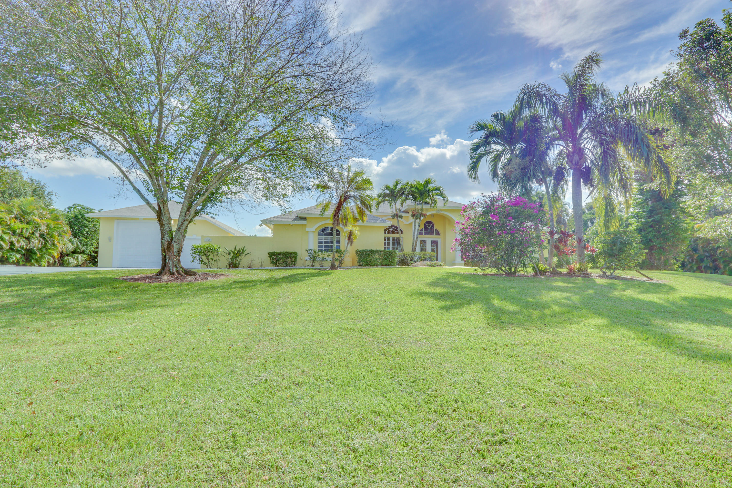 PALM BEACH COUNTRY ESTATES PALM BEACH GARDENS REAL ESTATE