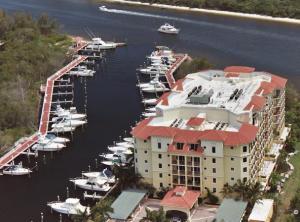 Jupiter Yacht Club Marina Condo
