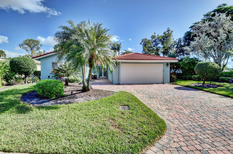 18 Estate Drive Boynton Beach, FL 33436