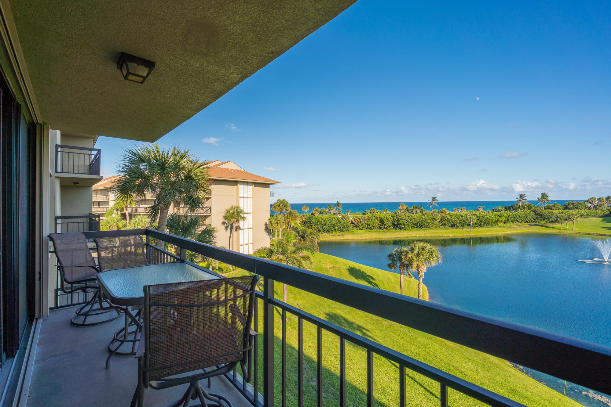 BLUFFS OCEAN SOUTH REALTY