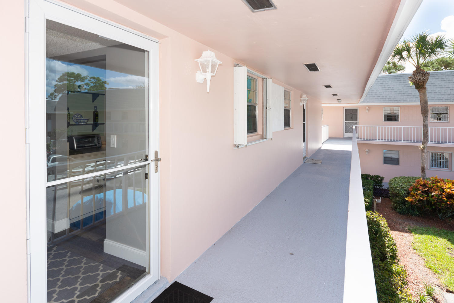 18081 Country Club Drive 279, Tequesta, Florida 33469, 2 Bedrooms Bedrooms, ,1.1 BathroomsBathrooms,A,Condominium,Country Club,RX-10477693