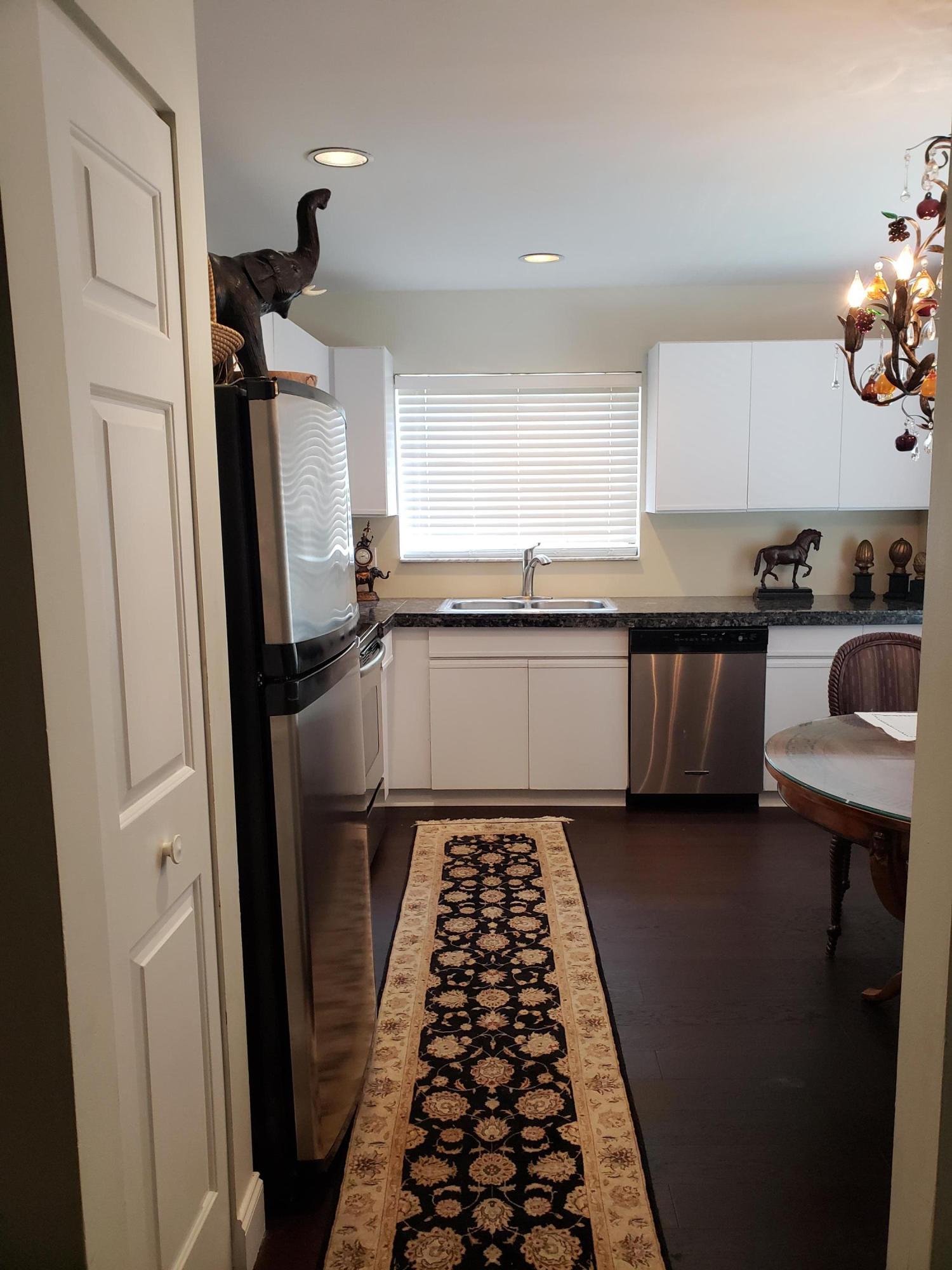 5 Lexington Lane H, Palm Beach Gardens, Florida 33418, 3 Bedrooms Bedrooms, ,2 BathroomsBathrooms,F,Townhouse,Lexington,RX-10478061