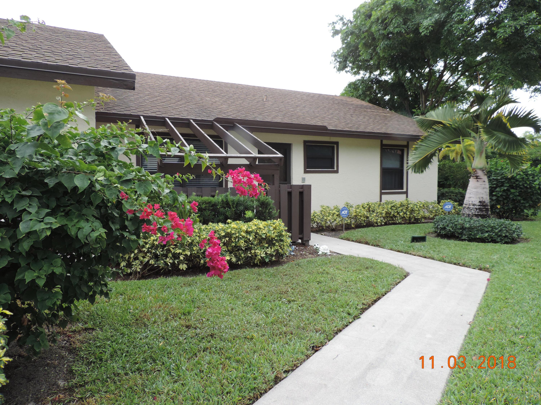 44 Via De Casas Norte Boynton Beach, FL 33426
