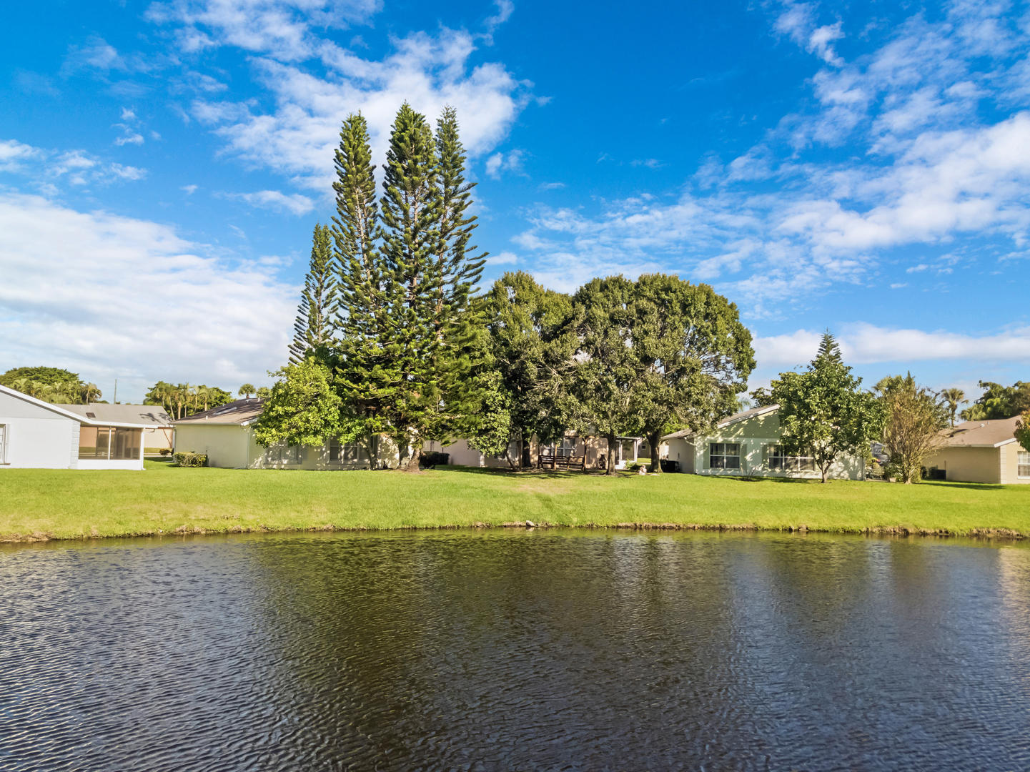 1208 Pine Sage Circle West Palm Beach, FL 33409 photo 3