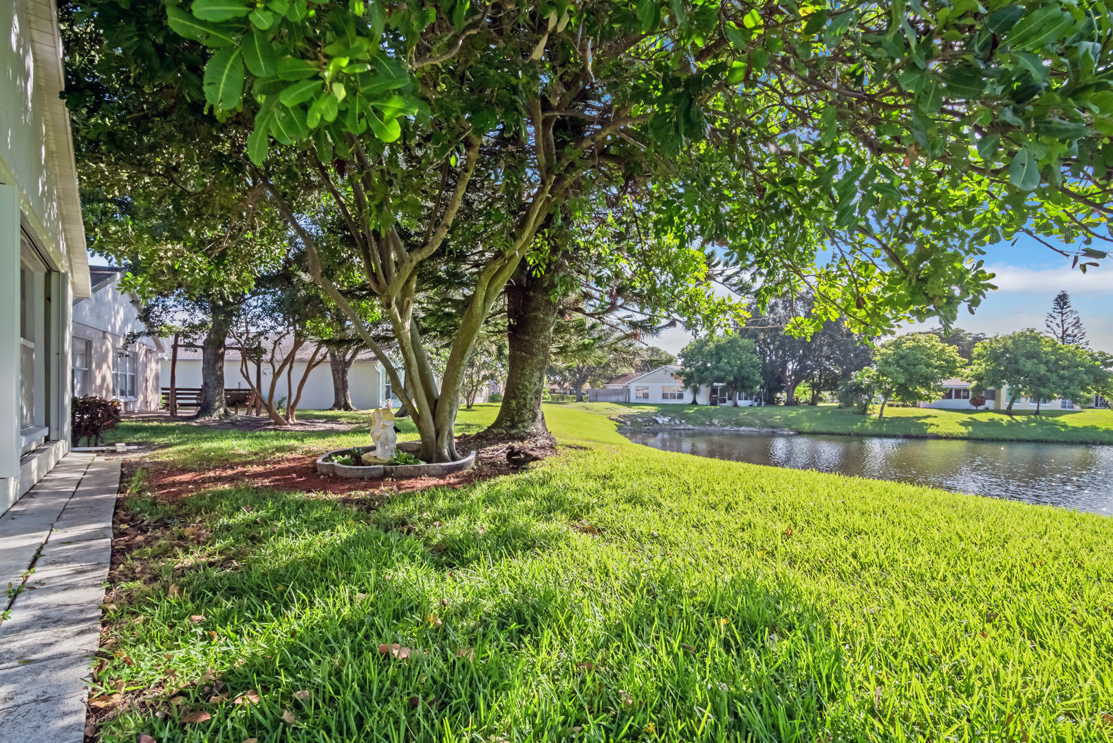 1208 Pine Sage Circle West Palm Beach, FL 33409 photo 28