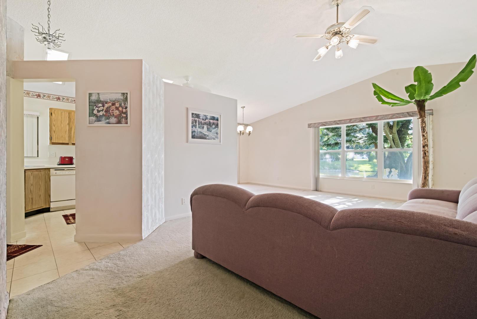 1208 Pine Sage Circle West Palm Beach, FL 33409 photo 4