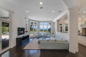 308  Alicante Drive , Juno Beach FL 33408 is listed for sale as MLS Listing RX-10478912 photo #21