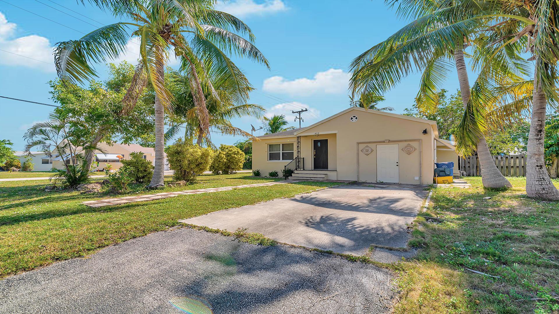 402 W Mango Street Lantana, FL 33462