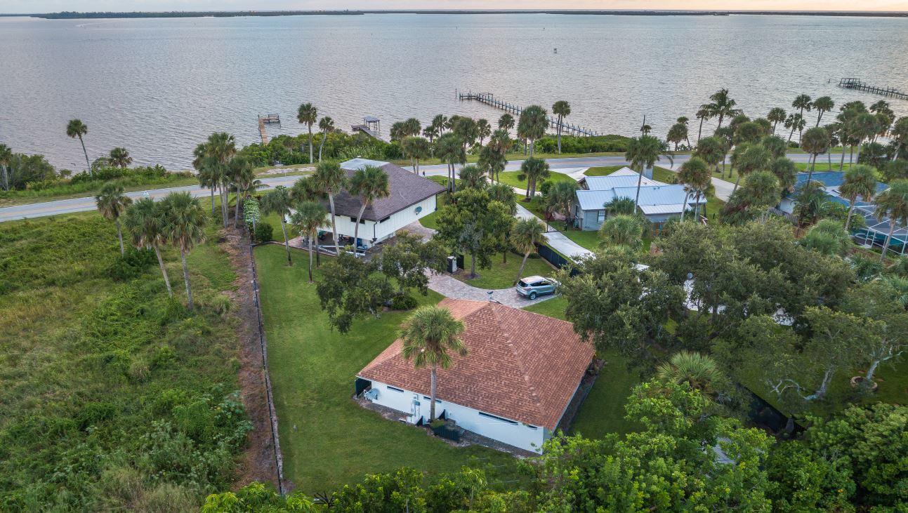 14041 Indian River Drive - Sebastian, Florida
