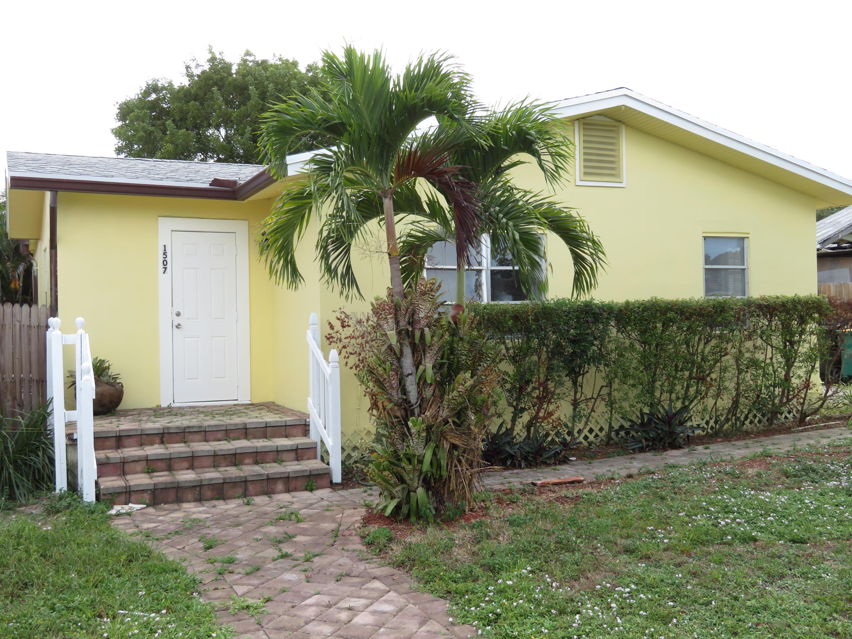 1507 19th Avenue A Lake Worth, FL 33460
