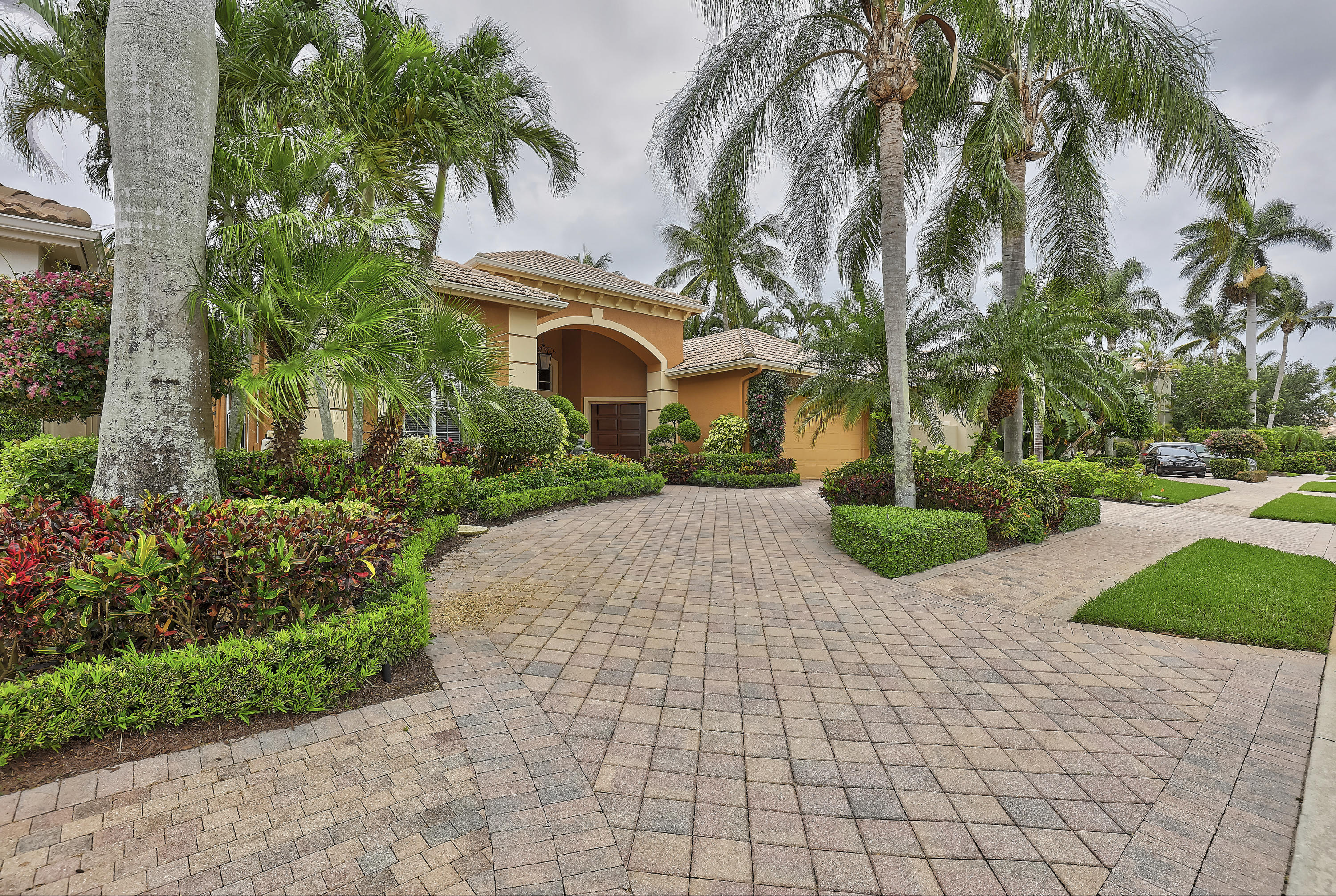 126 Vintage Isle Lane  Palm Beach Gardens FL 33418