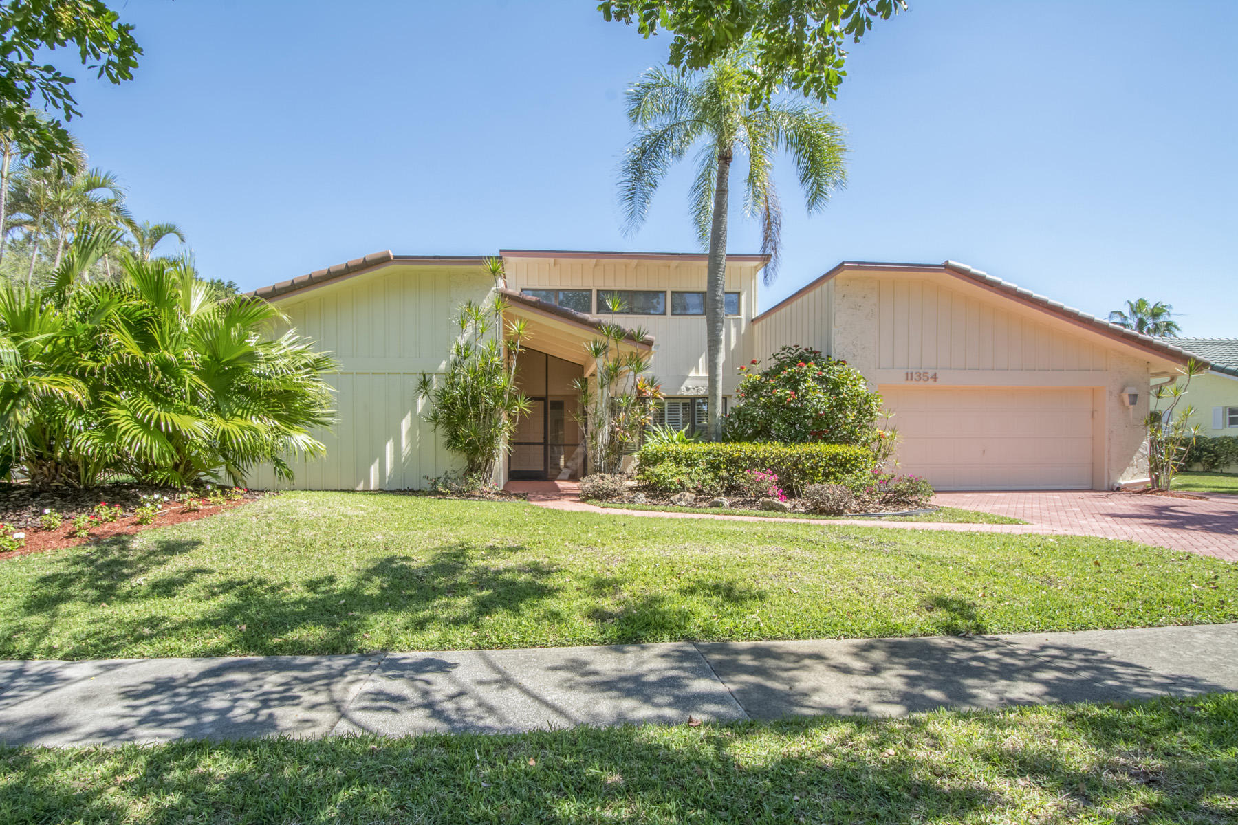 11354 Piping Rock Drive  Boynton Beach FL 33437