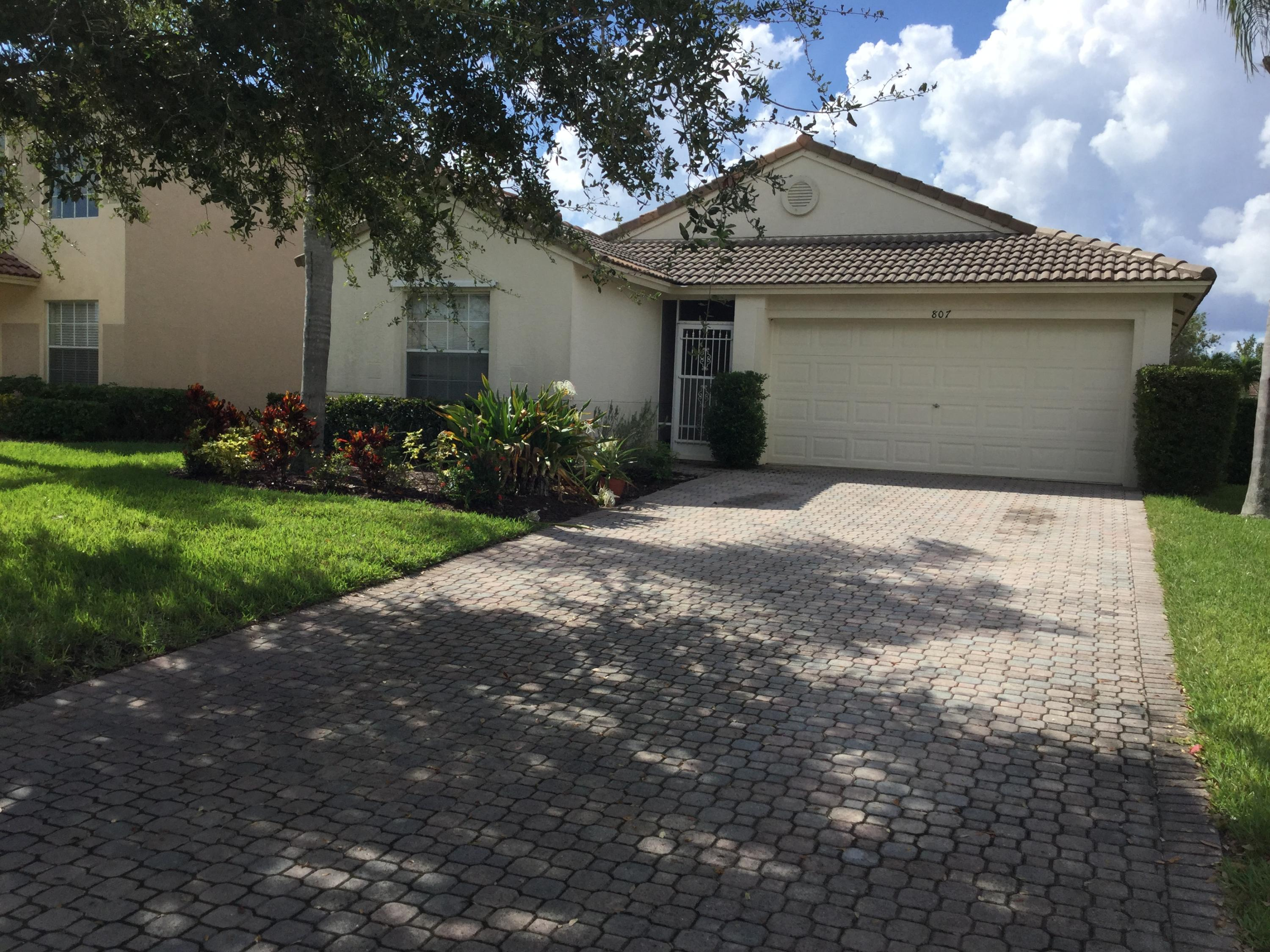 Port Saint Lucie Homes for Sale -  Waterfront,  807 NW Greenwich Court