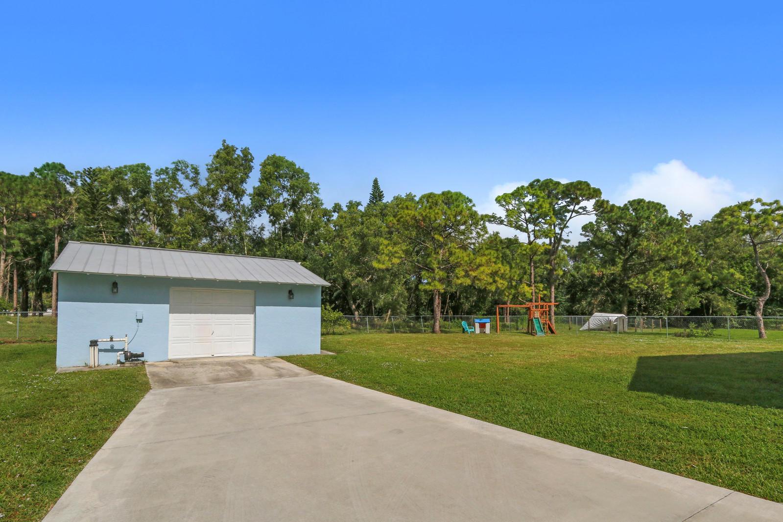 5530 Mango Boulevard West Palm Beach, FL 33411 photo 3